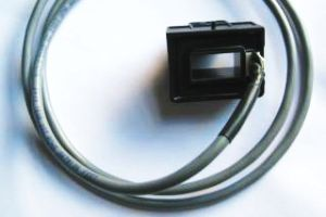 Cable-mounted current sensor